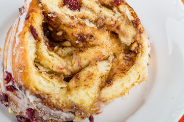 Hazelnut cranberry coffee cake dessert