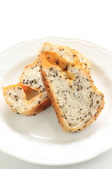 slided sesame seed and cheese bread
