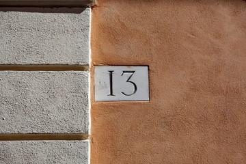 13. Treize, tredici, thirteen, dreizehn