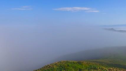 霧の丘陵_タイムラプス