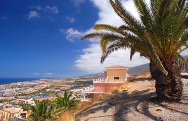 przepiękny krajobraz playa de las americas, teneryfa, hiszpania