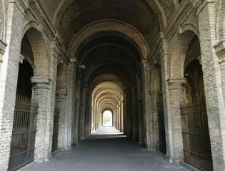Archi e volte del Palazzo della Pilotta di Parma