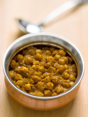 rustic indian chickpea curry