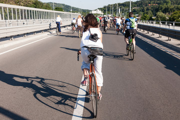 Protest ride of cyclists through the streets of Belgrade 8
