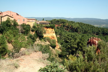 Ockerberg in Roussillon