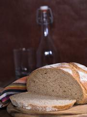 Ein Laib Brot, aufgeschnitten