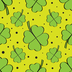 Four leaf clover green seamless pattern