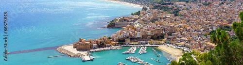 Fotobehang Luchtfoto Vue aérienne de Castellammare del Golfo en Sicile