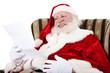 Weihnachtsmann liest Wunschzettel