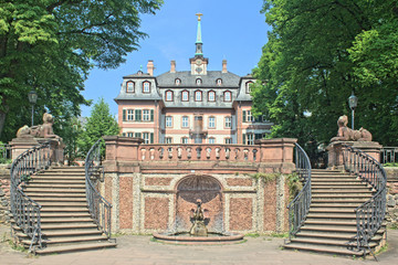 Bolongaropalast Frankfurt-Höchst - Südansicht