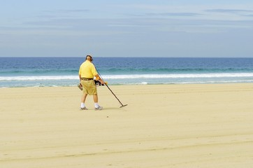 Metal detectorist on Pacific Beach