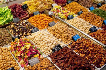 Mixed nuts and dried fruits in market