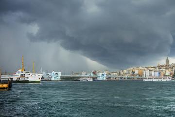 Temporale su Istanbul