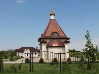 Храм в небольшом посёлке Ставропольского края