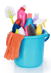 Cleaning items in bucket