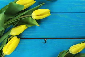 żółte tulipany