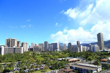 ハワイ ホノルルのビル群