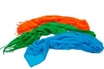 Три ярких шарфа на белом фоне