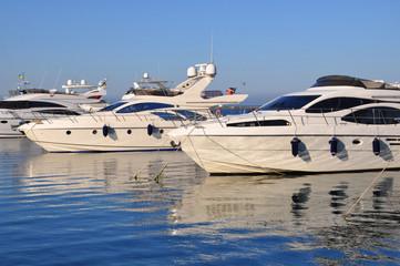Яхты в порту Одессы