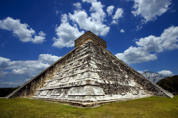 corner  of chichen itza temple