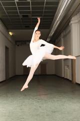 Mädchen beim Ballett