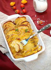 Potato gratin with spices