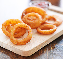 onion rings in a pile close up