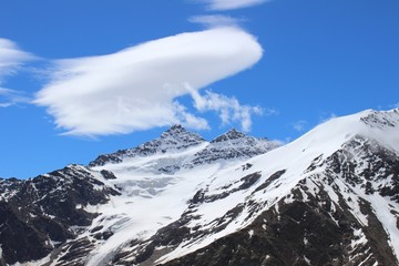 Сlouds over the mountains