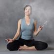 femme stressée au yoga