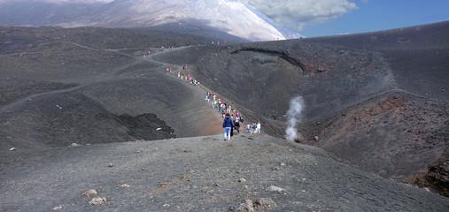 Au sommet de l'Etna, volcan en activité en Sicile