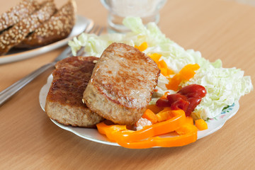 cutlets with lettuce