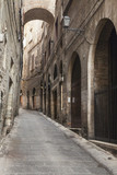 narrow alley - 67034404