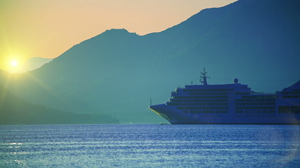 Cruise ship at sunrise. Quiet sea. HD 1080.