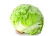 frischer grüner Kopfsalat auf weiß isoliert