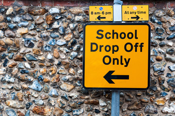 Sign for school drop off only