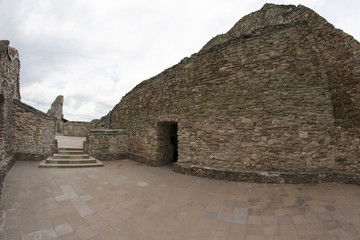 Zamek Czorsztyn, mury