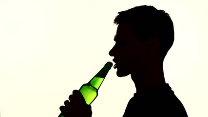 open and drink beer from the bottle