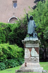 Statue of Cola Di Rienzo