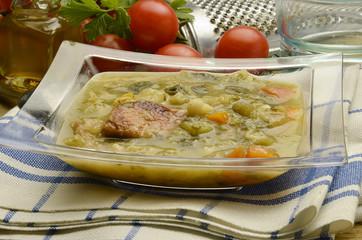 Minestrone Cucina italiana 미네스트로네 Минестроне מינסטרונה