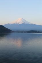 Mount Fuji, widok od jeziora Kawaguchiko