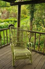 fauteuil au jardin