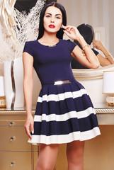 контрастное платье