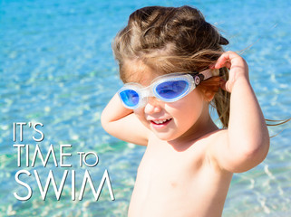 Bimba al mare - It's time to swim