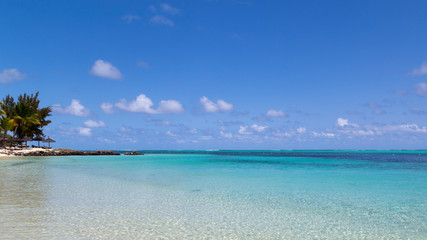 turquoise clear water