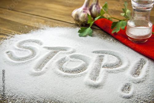 Papiers peints Herbe, epice Stop salt – medical concept