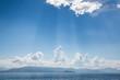 Gewitter im Sommer - Hintergrund blau mit Horizont am Meer