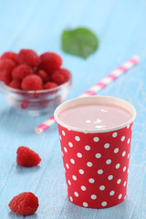 raspberry yogurt cup