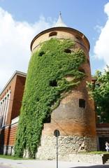 リガ 火薬塔