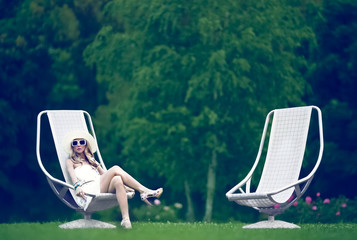 fashion lady. Relax in the park