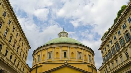Basilica nuvole